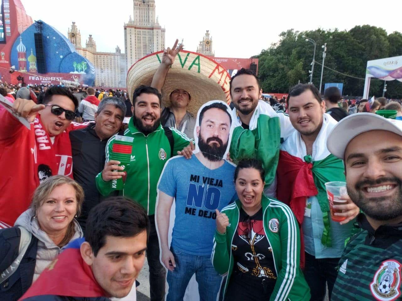 Mexicaan mag van vrouw niet naar WK vriendengroep verzint iets briljants 06