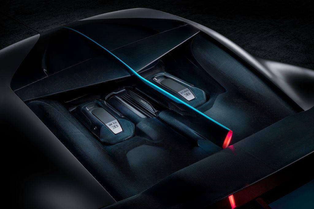 Bugatti Divo 14