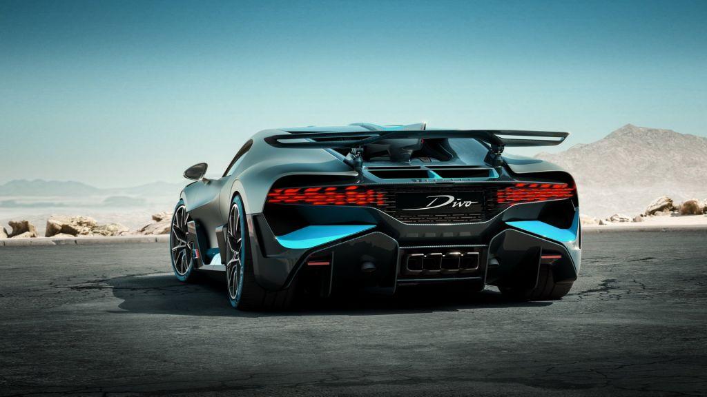 Bugatti Divo 16