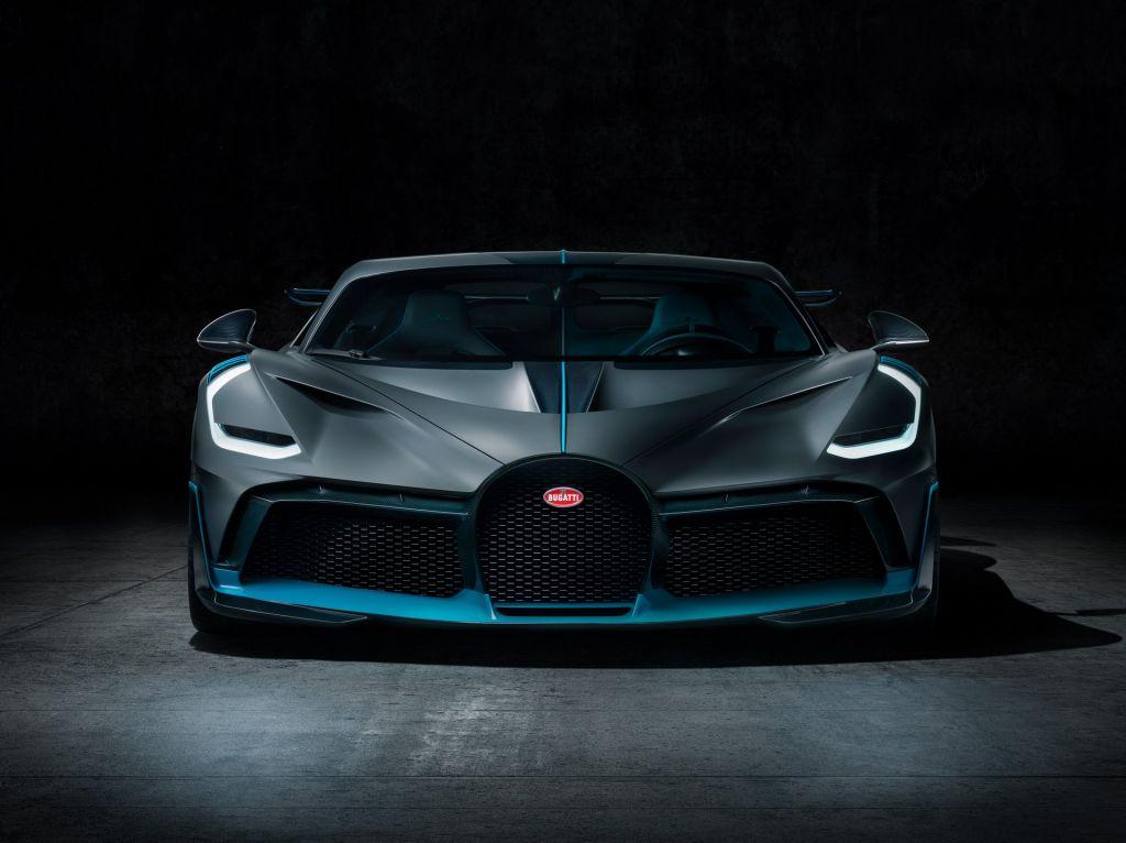 Bugatti Divo 19