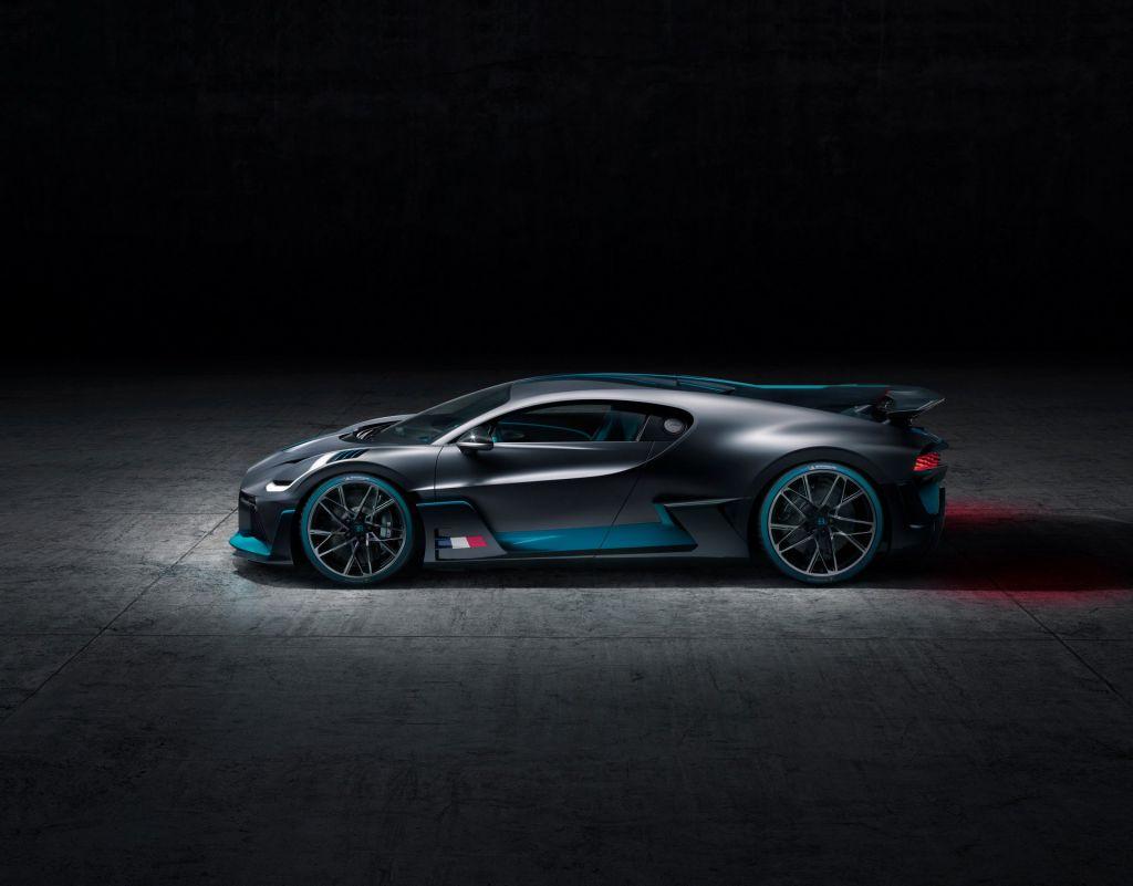 Bugatti Divo 20
