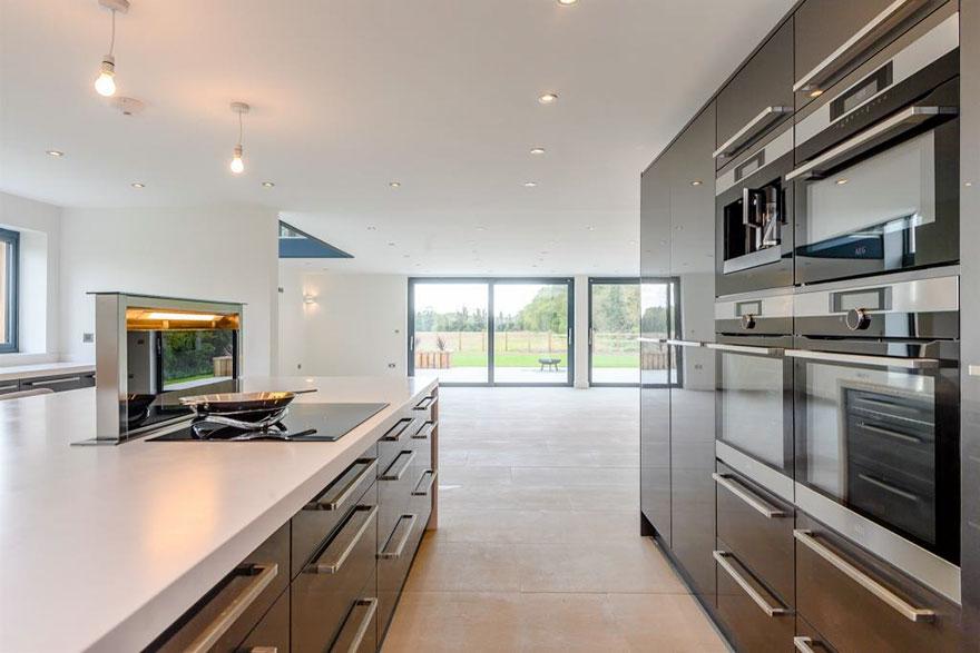 Oude boerderijloods omgetovert in luxury woning met een waarde van 16 miljoen euro 05