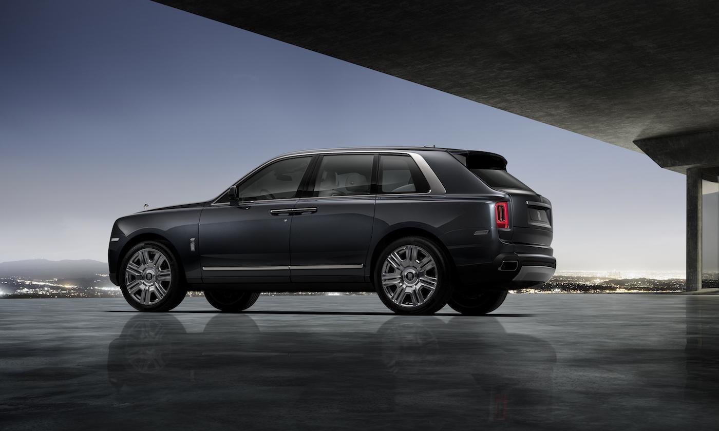 Check deze nieuwe monster suv van Rolls Royce 03