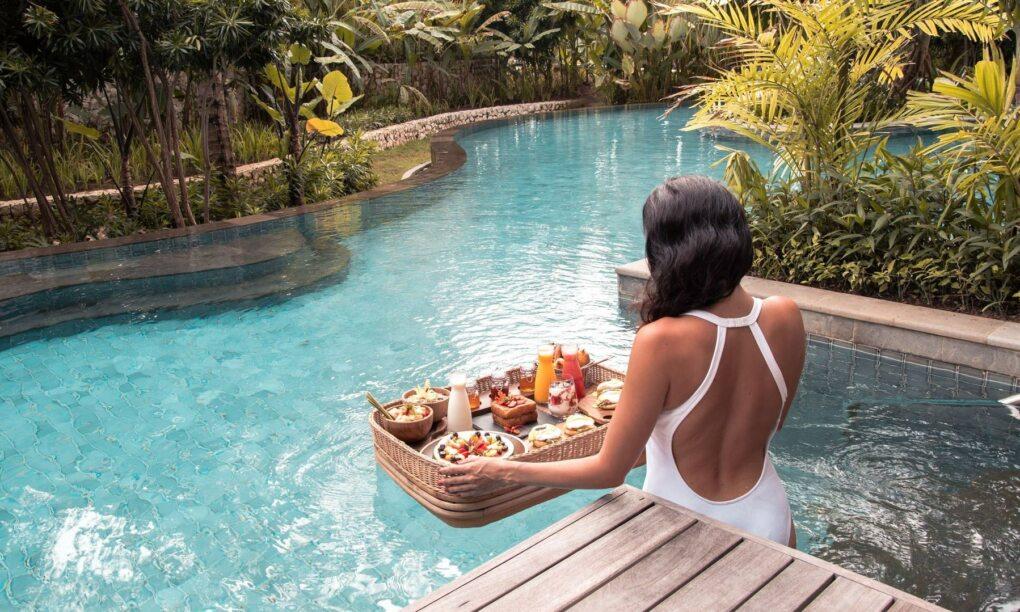 Floating breakfast nieuwste hype op Bali 01
