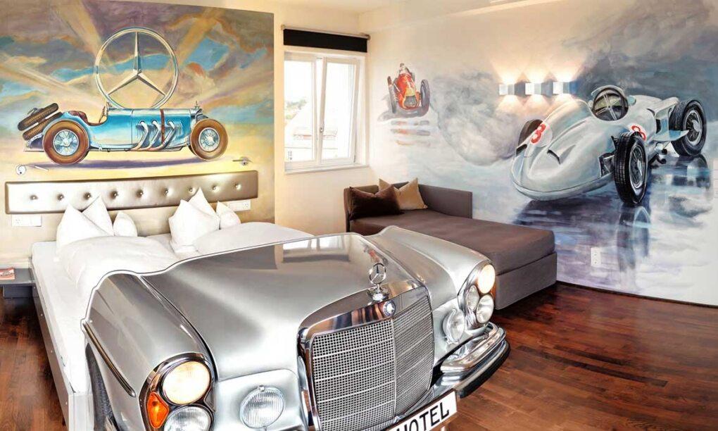 Beleef je autodroom in het allereerste V8 hotel