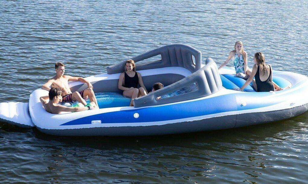Amazon verkoopt een opblaasbare speedboot met ingebouwde bierkoeler