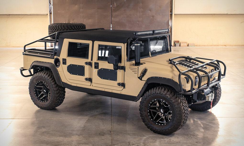 Voor maar €220.000 ben jij trotse eigenaar van deze extreme Hummer H1