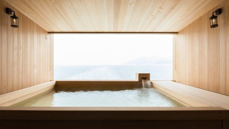 Dit drijvende hotel in Japan staat vanaf nu hoog op de bucketlist4