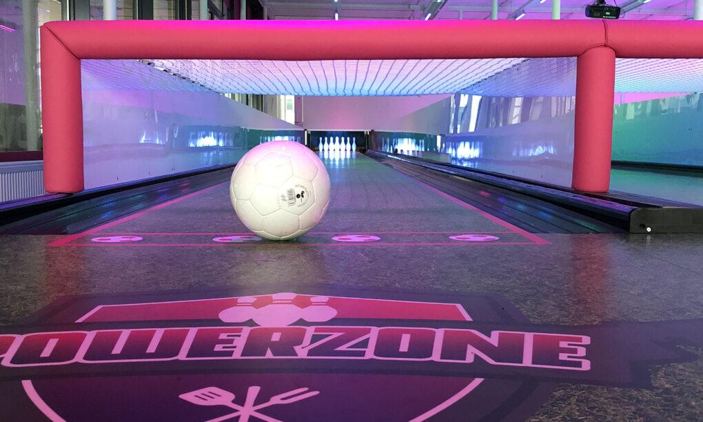 Het perfecte volgende teamuitje Football Bowling bij Powerzone