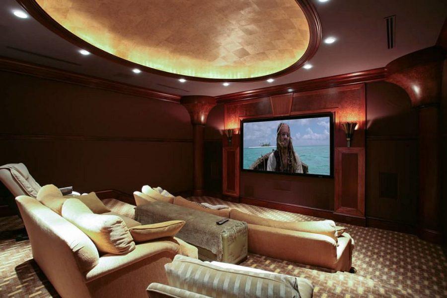 Neem een kijkje in de grootste en meest luxe villa op het Kaaimaneiland 11