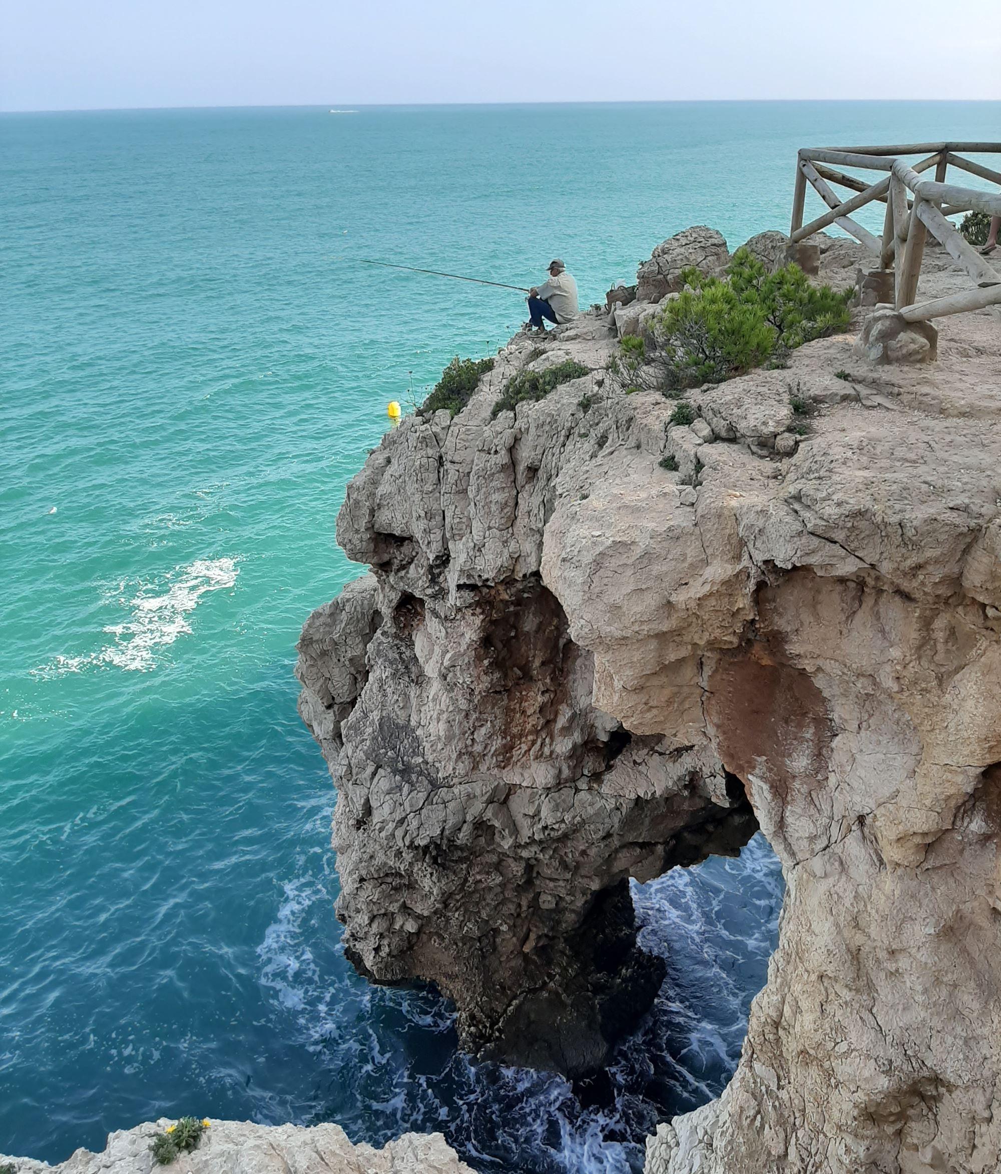 De mooiste baaitjes en stranden vind je gewoon aan de Spaanse Costa Blanca 06