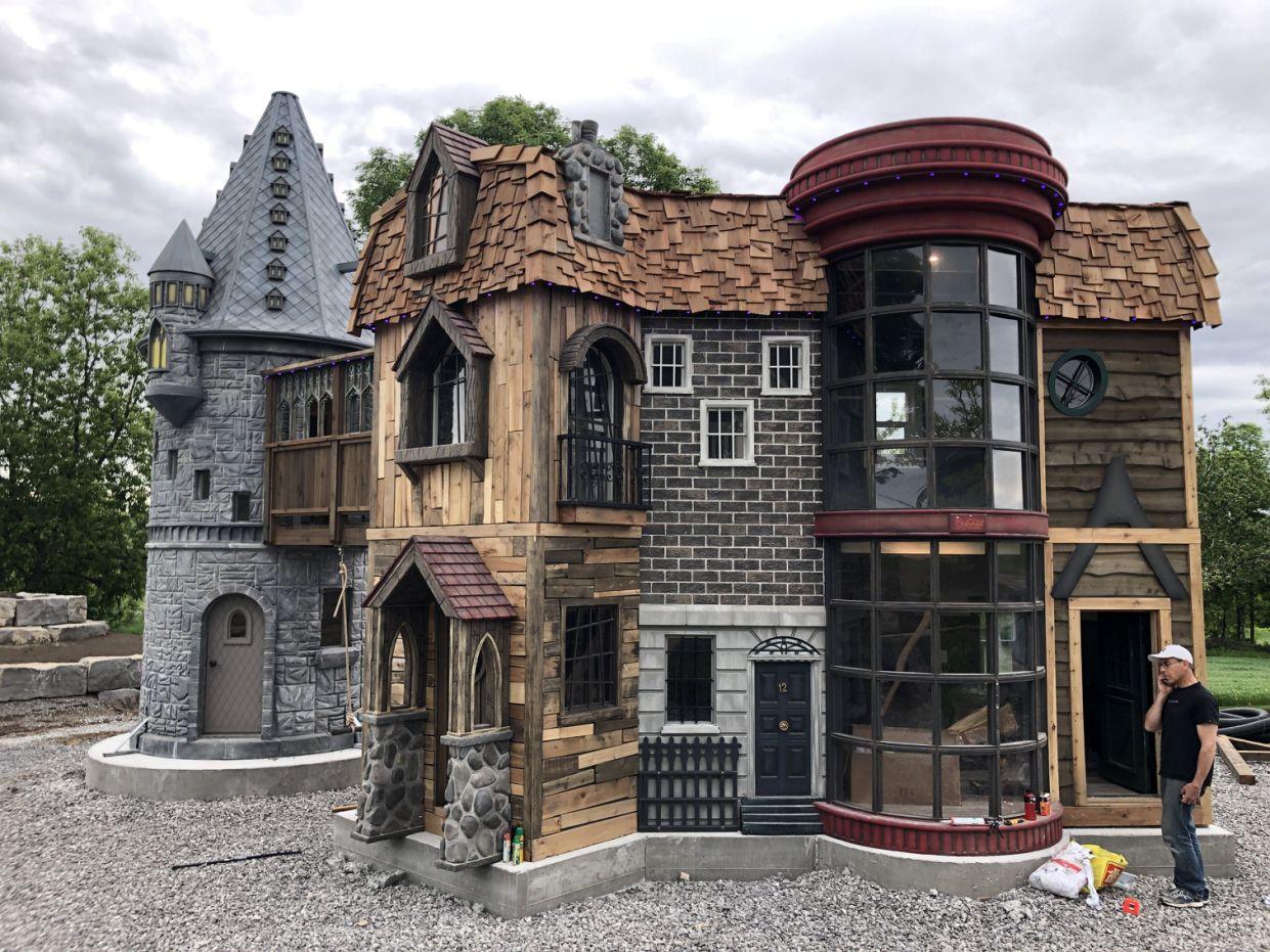 Grootouders bouwen Harry Potter huis