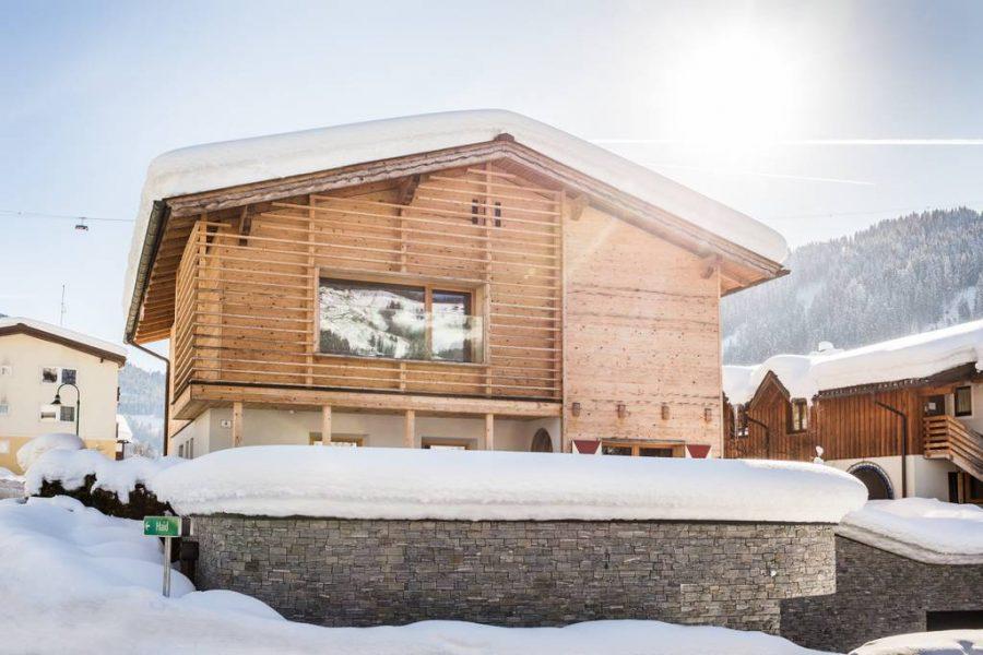 Voor maar 46 euro per nacht zit jij komende winter in dit heerlijke wintersportchalet12