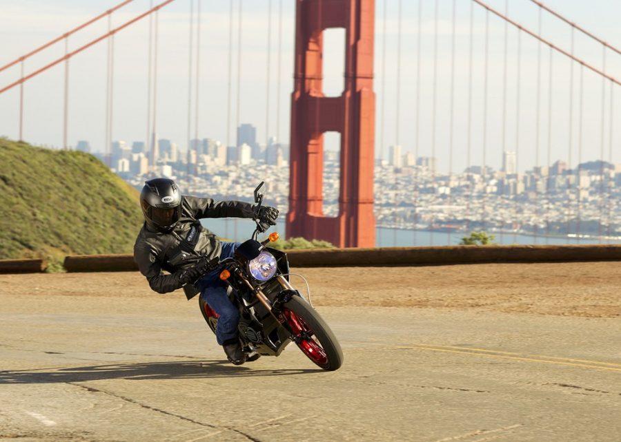Zo maak je een praktische en stijlvolle motor outfit compleet