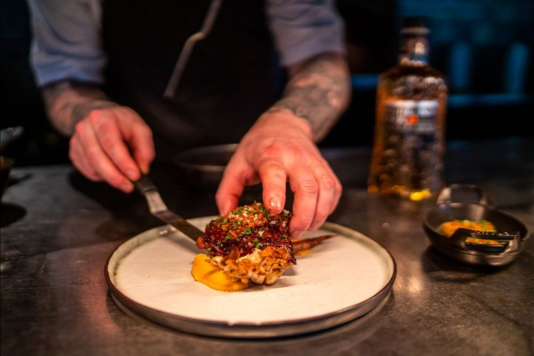 Fijnproevers opgelet Bij The Roast Room combineren ze het beste vlees met whisky2