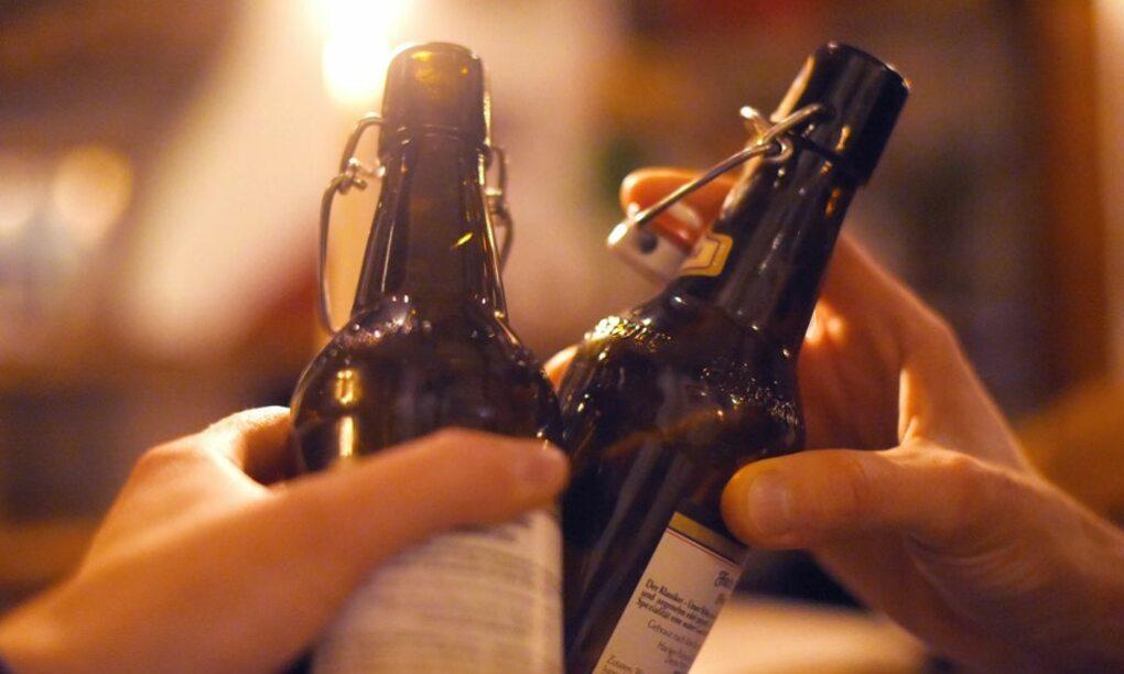 Met deze bier app weet jij altijd waar je maten bier aan het drinken zijn 1 1
