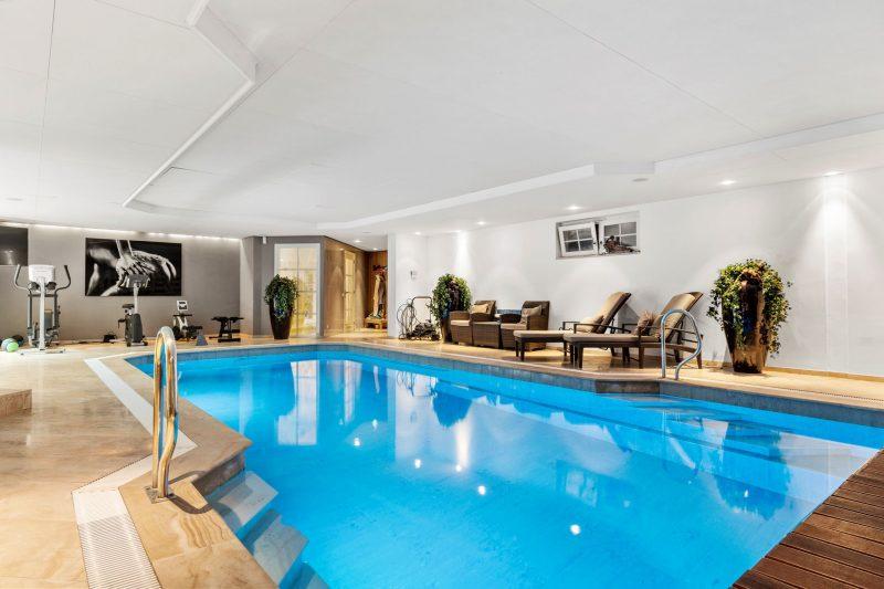 chique villa lunteren zwembad