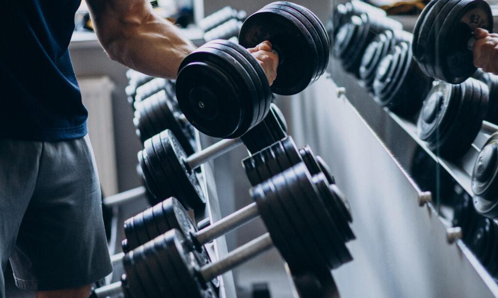 Gym sporten routines opbouwen