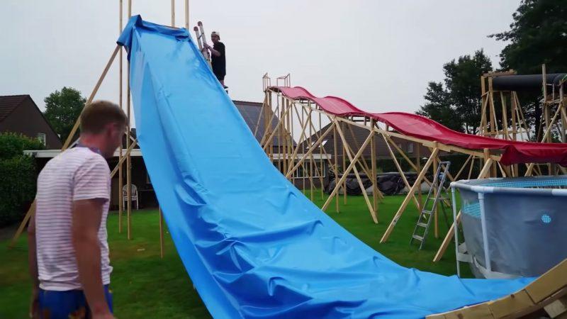 Waterpark bouwen Glowmovies bouwt Waterpark in Achtertuin
