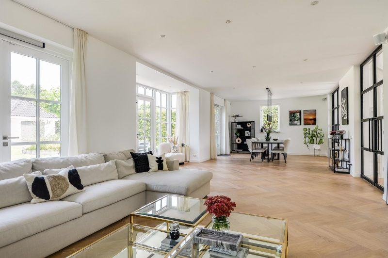 funda woonkamer almere villa