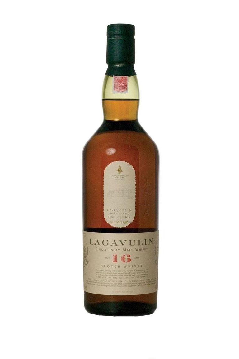 scotch whisky Lagavulin 16 Year-Old Single Malt Scotch Whisky