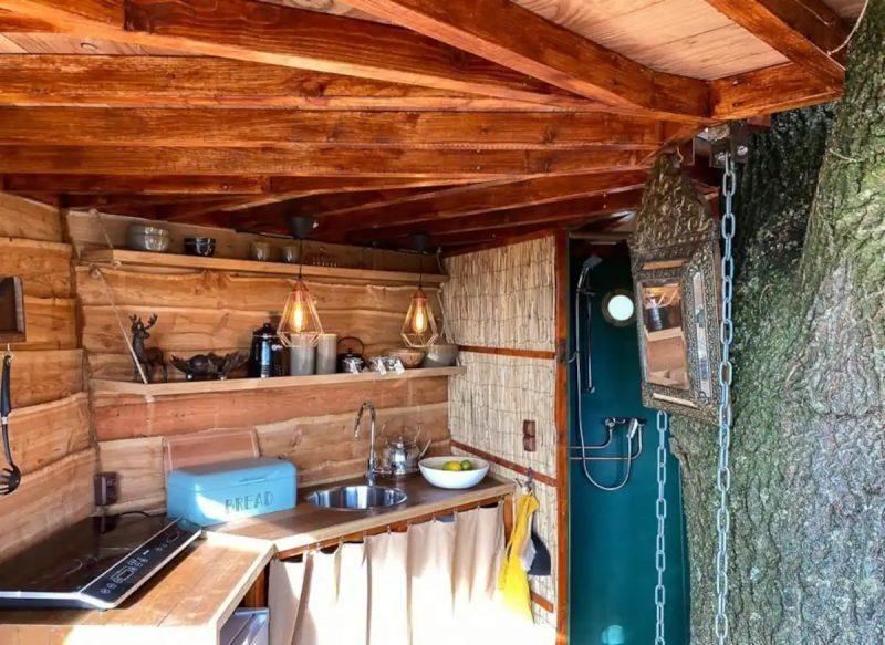 boomhut keuken airbnb