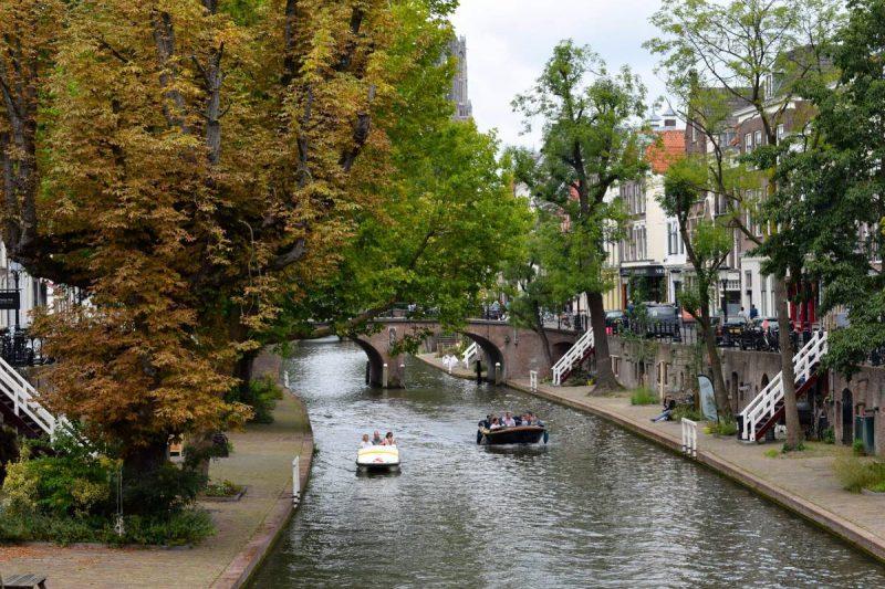 Utrechtse grachten boot huren Utrecht